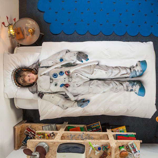 あっというまに宇宙飛行士に